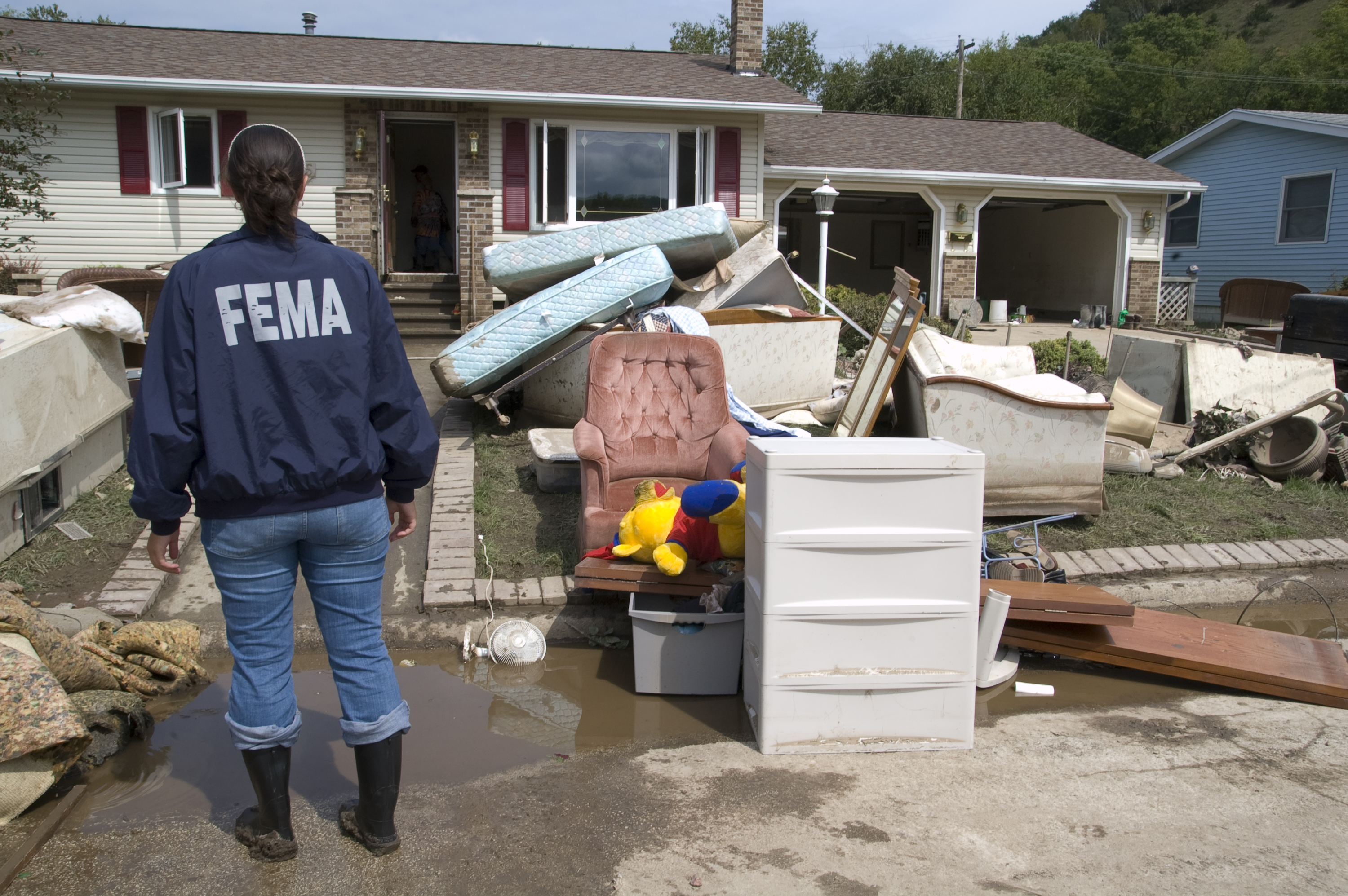 home flood damage how to reduce the risks eaton berube insurance